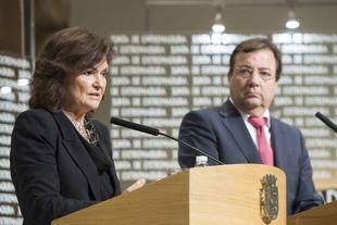 La vicepresidenta Carmen Calvo afirma que los problemas de Extremadura son también del Gobierno de España