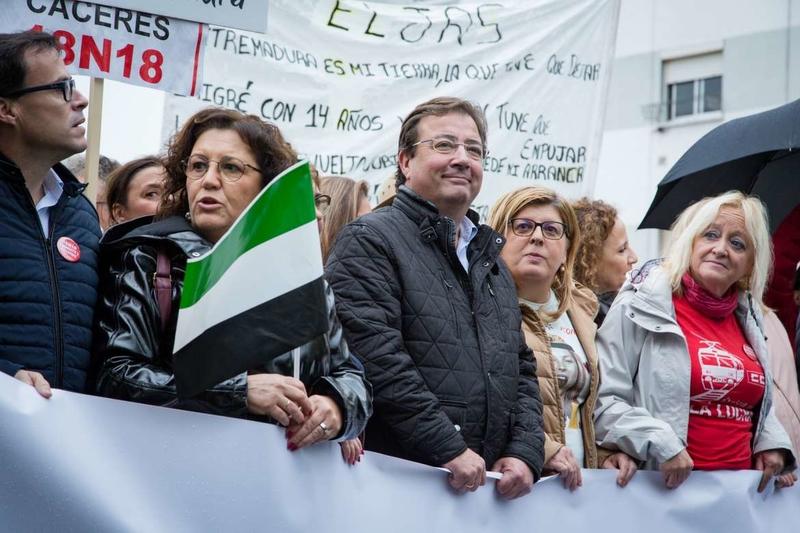 Fernández Vara exige que España salde la deuda en materia ferroviaria con Extremadura y aboga por mantener la unidad de acción