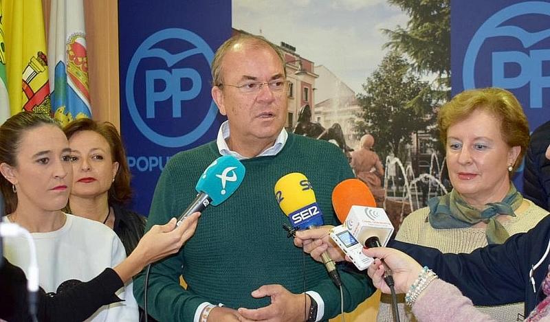 Monago tacha de ''fracaso'' de Vara que Sánchez no haya conseguido compromisos para Extremadura