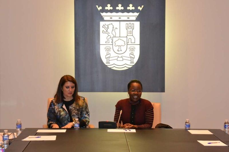 Una delegación angoleña visita Extremadura para conocer el modelo de descentralización administrativo local