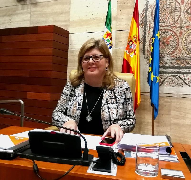Domínguez critica que la Junta está incumpliendo la legislación para los bomberos forestales