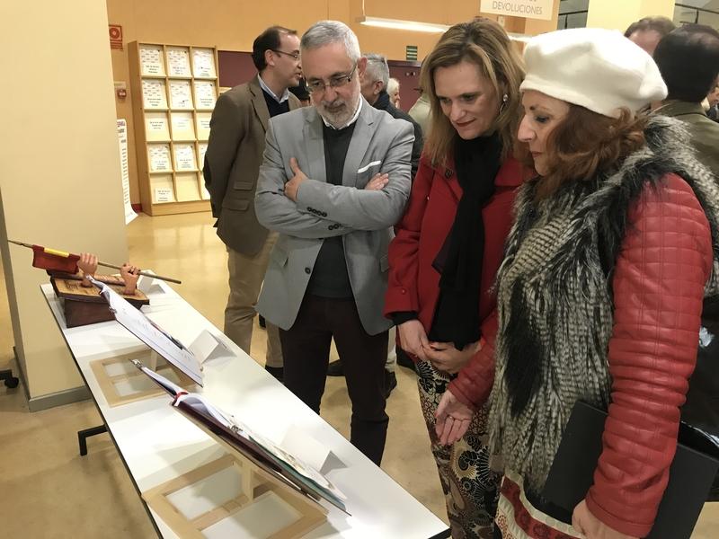 Inaugurada la exposición ''La Constitución Española vista por 16 artistas plásticos''