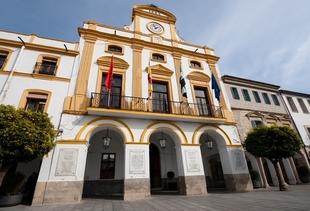 Los extremeños valoran con un 5,16 su satisfacción con los servicios municipales que gestionan los ayuntamientos