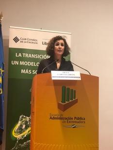 La consejera de Economía e Infraestructuras señala que Extremadura tiene mucho que aportar al futuro mix eléctrico español