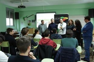 Jóvenes de centros educativos de la Euroace trabajan con contenidos en castellano y portugués en el proyecto 'Periodismo bilingüe'