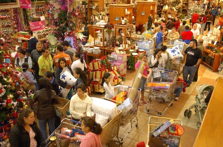 Las celebraciones navideñas supondrán un gasto extra para cada extremeño de 442 euros de media