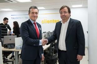 Vara inaugura en Mérida las nuevas instalaciones de la empresa Ibermática