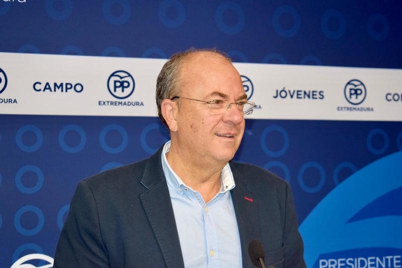 Monago recalca que el PP es el único contrapeso al gobierno de Sánchez-Vara en Extremadura