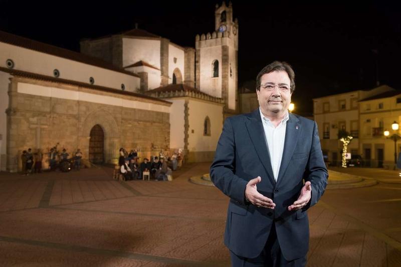 Fernández Vara apela al acuerdo entre las diferentes fuerzas políticas para recuperar los consensos perdidos