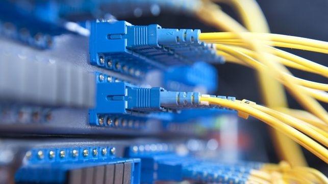 Publicadas las convocatorias de ayudas para la implantación de fibra óptica en el ámbito local