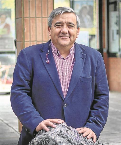El rector de la Universidad de Extremadura, Antonio Hidalgo García, tomará posesión de su cargo el próximo viernes