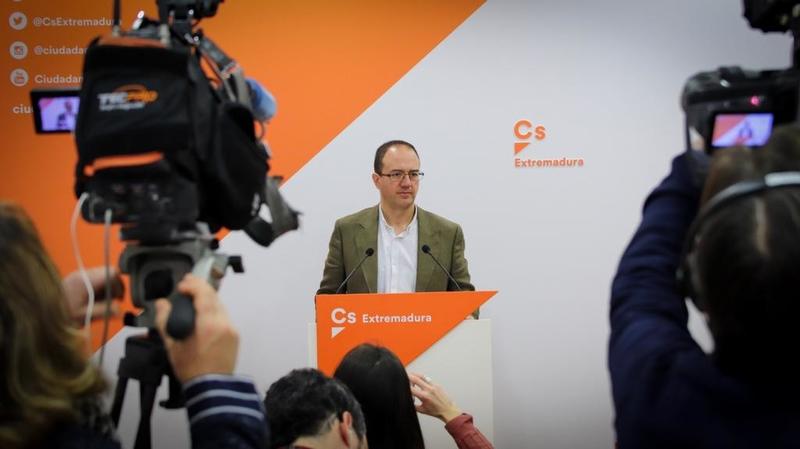 Polo: ''Los españoles han gritado alto y claro a Sánchez que debe convocar elecciones''