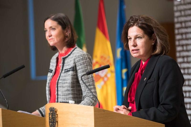 La ministra de Industria, Comercio y Turismo reitera el compromiso del Gobierno para corregir el déficit de infraestructuras de la región