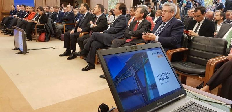 Fernández Vara asiste en Fomento a la presentación del Corredor Atlántico
