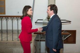 La reina Letizia y el presidente de la Junta asisten, en Cáceres, al acto de proclamación del Premio Social de la Fundación Princesa de Girona