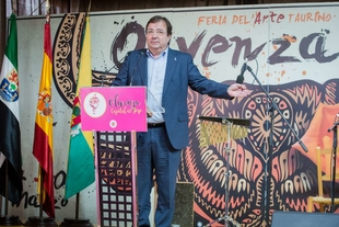 El presidente de la Junta destaca la vinculación de la tauromaquia y el mundo del toro con Extremadura