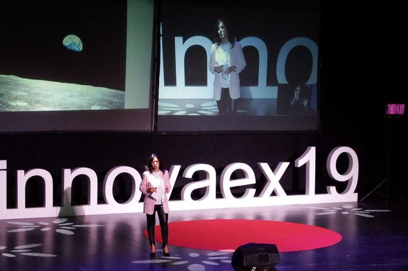 Esther Gutiérrez destaca que el 60 por ciento de los centros educativos extremeños participa en proyectos de innovación