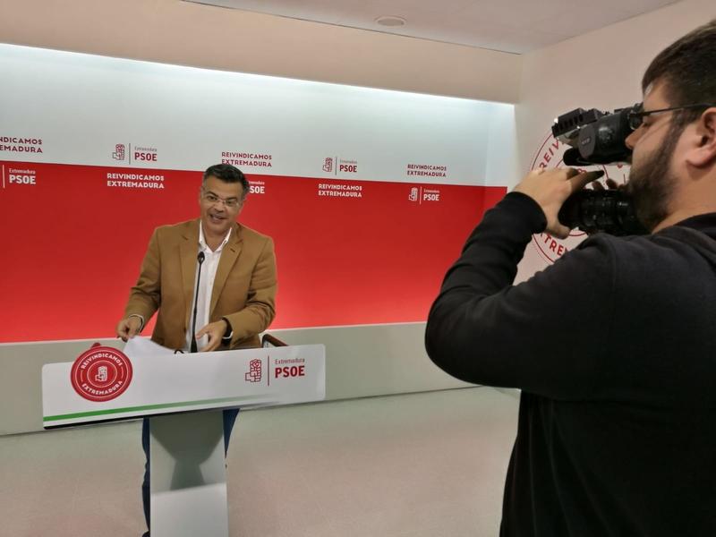 ''El futuro pasa por atraer inversiones a Extremadura para seguir creando empleo''