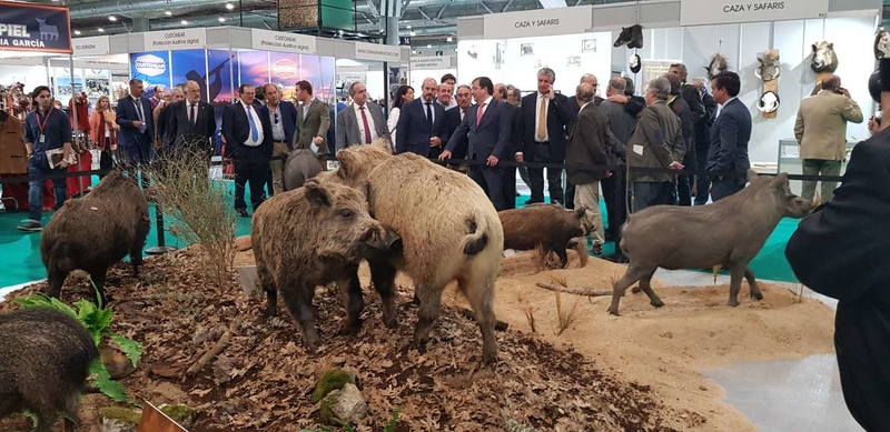 Vara destaca el papel de la actividad cinegética en el mantenimiento del medio ambiente y el mundo rural