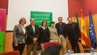 La consejera de Cultura e Igualdad asiste al acto de celebración del Día Mundial de la Poesía