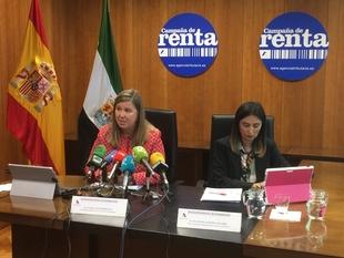 De las 470.000 declaraciones de renta que se declararán en Extremadura el 69 % saldrán a devolver