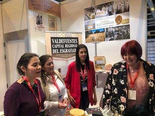 Begoña García visita a las empresas extremeñas del sector agroalimentario presentes en el Salón Gourmets 2019 de Madrid