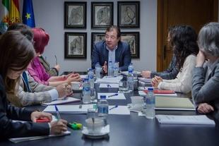El Consejo de Gobierno acuerda destinar más de cinco millones de euros a prevenir las conductas adictivas y a la seguridad de los pacientes del SES