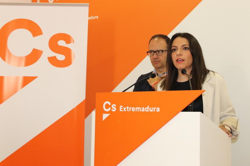 Calderón: ''Somos el único proyecto de futuro y la única alternativa al bipartidismo''