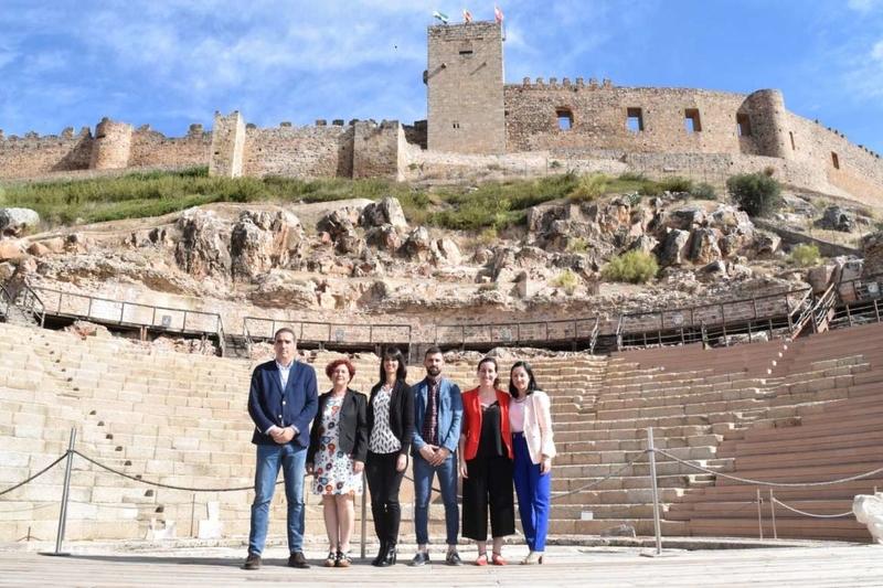 La secretaria general de Cultura destaca en Medellín la riqueza cultural y patrimonial de la región