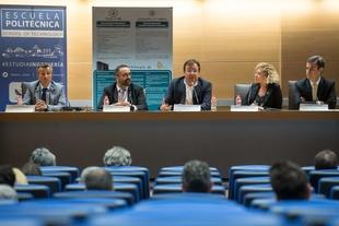 Fernández Vara subraya que asuntos clave como la ciberseguridad precisan de políticas con visión de futuro