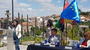 Gil Rosiña participa en Higuera de Vargas en la inauguración del Parque Municipal Trejo