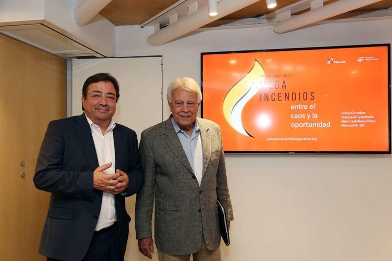 Vara asiste en la Fundación Felipe González a una mesa de debate para analizar el problema de los megaincendios forestales