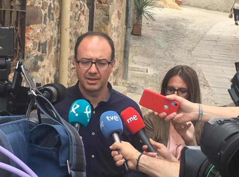Polo: ''En Cáceres y Badajoz cualquier escenario es posible, pero la decisión siempre será en beneficio de los ciudadanos''