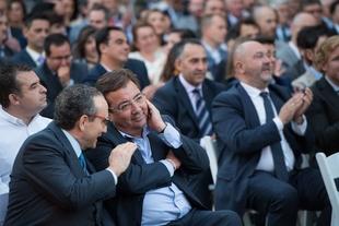 Fernández Vara asiste a la entrega de los XXIV Premios Empresario del Año