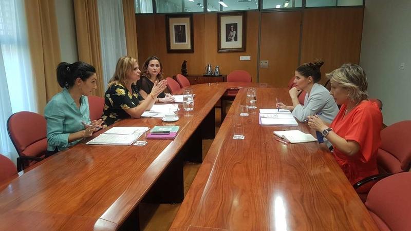 Gil Rosiña aboga por el trabajo conjunto de las administraciones para la prevención de la violencia de género y para la atención a las víctimas