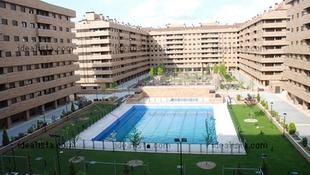 Los pisos con piscina son un 60% más caros en Extremadura