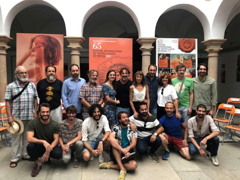 La consejera de Cultura destaca la ''importante presencia'' del teatro extremeño en el Festival de Mérida