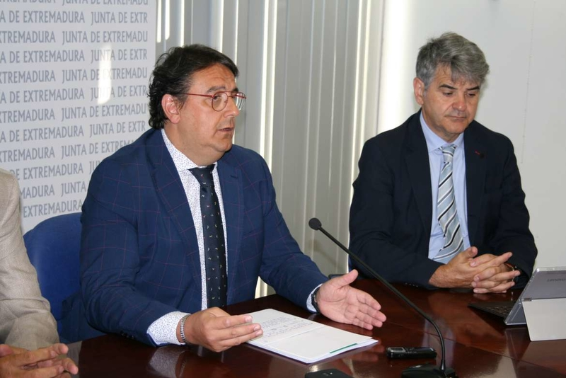Vergeles pide tranquilidad ante los casos de listeriosis en Extremadura