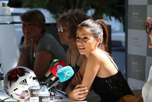La consejera Nuria Flores reafirma su compromiso con el deporte femenino