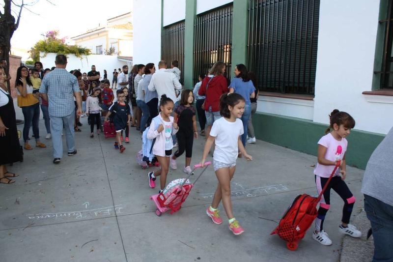 Comienza con absoluta normalidad el curso para los primeros 133.300 escolares que retoman las clases