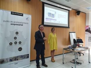 Medio centenar de empresarias y emprendedoras asisten al VIII Desayuno Conectadas en EME iniciativa de la Dirección General de Empresa