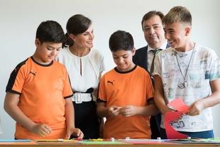 Vara acompaña a S. M. la Reina Letizia en la inauguración del curso escolar 2019-2020 en Torrejoncillo