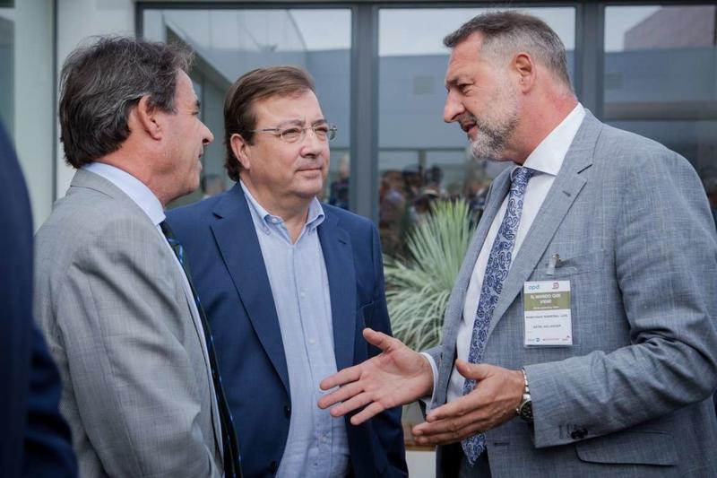 El presidente de la Junta de Extremadura aboga por la sostenibilidad del sistema público de pensiones