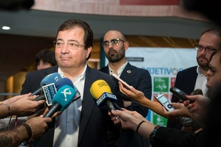 Vara defiende los proyectos colectivos frente a la imposición de muros y fronteras