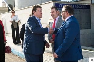 El presidente de la Junta de Extremadura apuesta por la generación de riqueza y empleo para luchar contra la despoblación