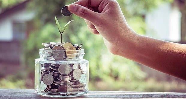 Los extremeños ahorran 189,57 euros al mes, un 17,2% menos que la media nacional