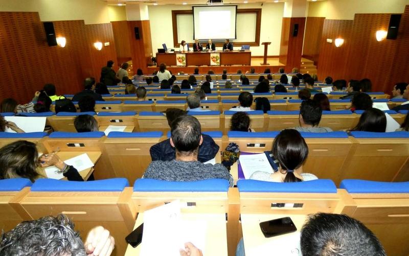 La Junta celebra unas jornadas sobre obesidad infantil y juvenil para el personal de centros educativos