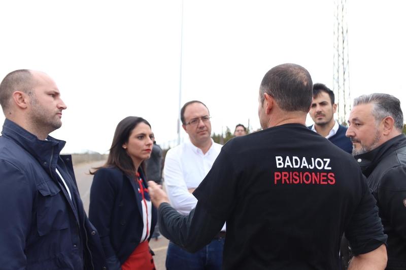 Calderón (Cs): ''Los funcionarios de prisiones deben ser considerados ya como agentes de la autoridad''