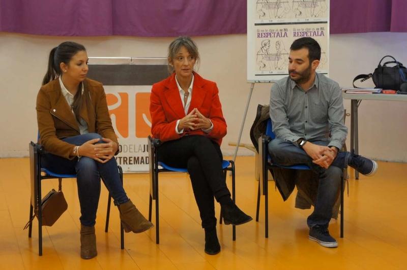 Personal de centros del Instituto de la Juventud de Extremadura recibirán formación para prevenir la violencia sexual entre adolescentes