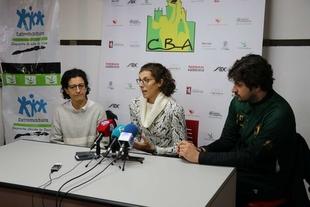 La directora de la Fundación Jóvenes y Deporte presenta el II Torneo Internacional de Extremadura de Baloncesto Femenino